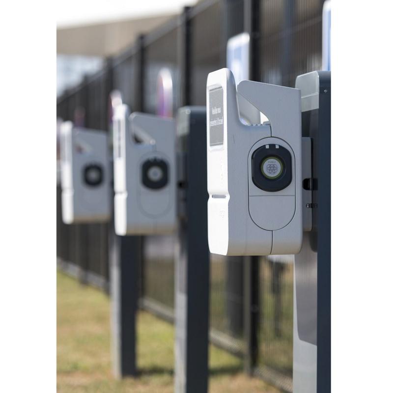 Borne De Recharge >> Pack Borne De Recharge Hager Xev100 3 0 A 22kw Protections